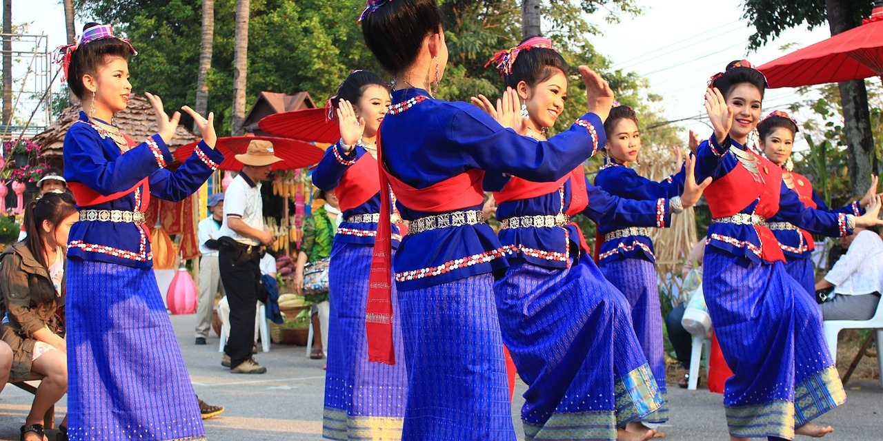Thai Dance Schools, Courses and Classes in Bangkok