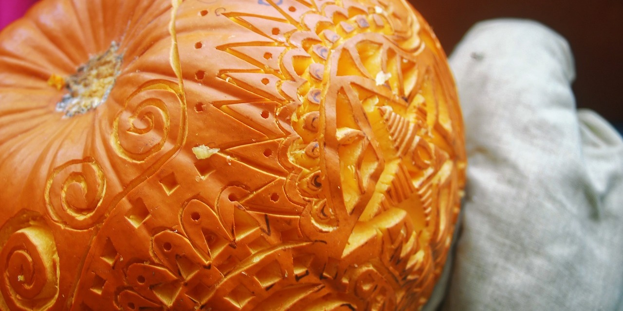 Fruit and Vegetable Carving Courses and classes on Koh Samui