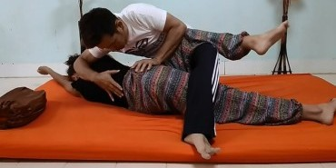 Thai Yoga Massage School of Thailand Bangkok Image