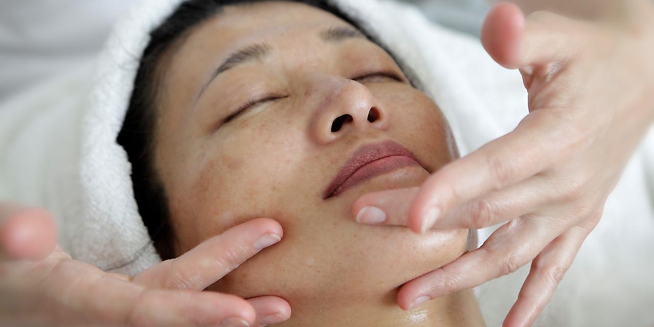 Thai Facial Massage Treatments in Thailand