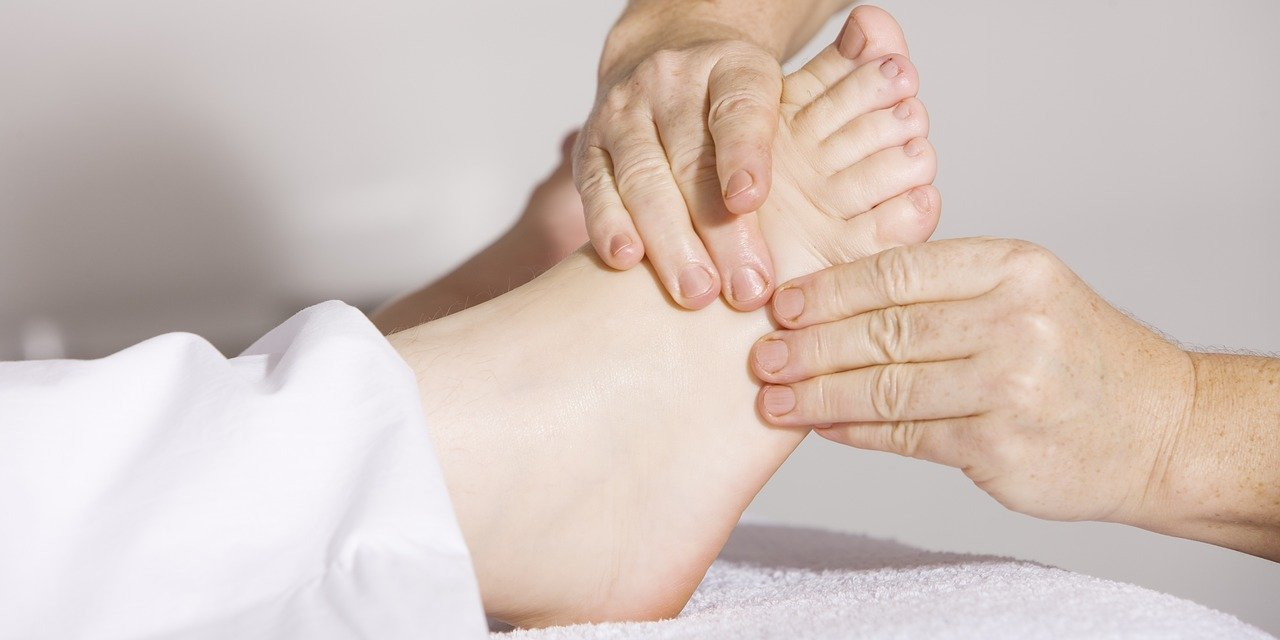 Best Thai Foot Massage and Reflexology Training Courses in Chiang Mai
