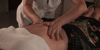 gentle-abdominal-massage