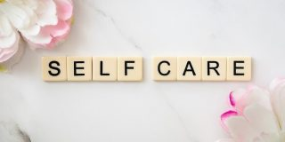 self-care-fertility-massage