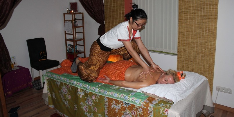 Massage for Back Pains