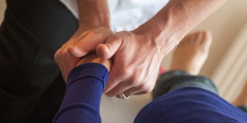 Massage, Bone Setting, and Cracking | Chiropractics