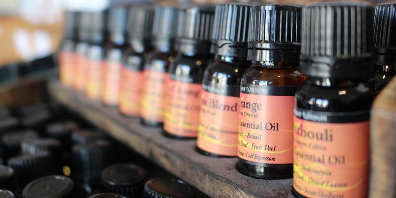 Oil Massage and Aromatherapy